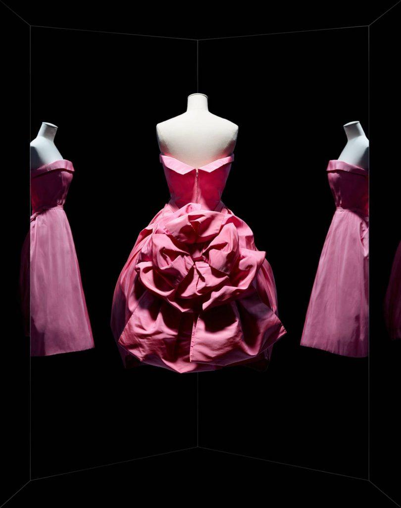 Uställning Dior Paris