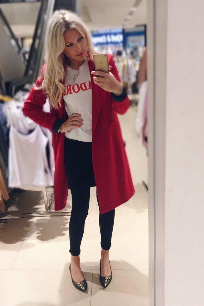 Trendiga kappa, trendig jacka, Zara, röd kappa, tips.