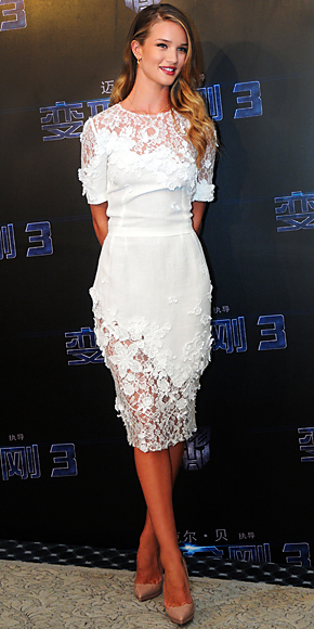 Rosie Huntington-Whiteley in Dolce & Gabbana