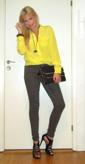 Hello Citycatbabes! Idag är det gult som gäller! b1ffe9d721c66