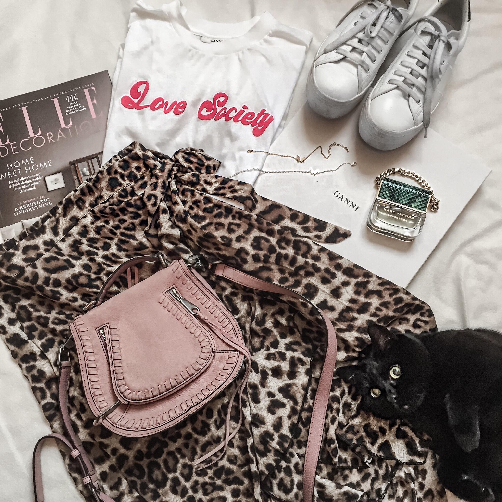 Leopardmönstrade kjolen, leopardkjol, så stylar du den!