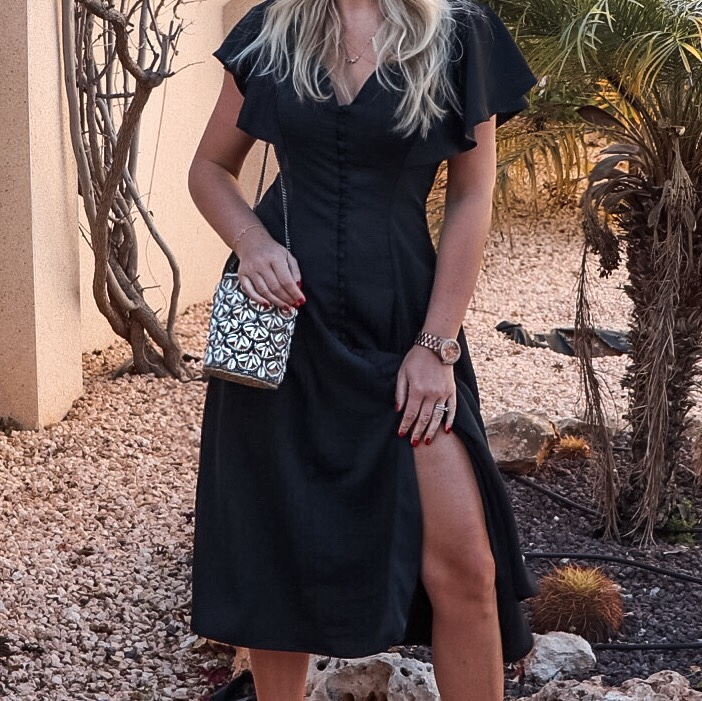 na-kd.com lbd den lilla svarta Button Up Flounce dress black dagens outfit